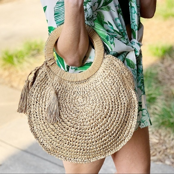 Infinity Raine Handbags - LAST ONE! Spring and Summer Must Have Straw Bag